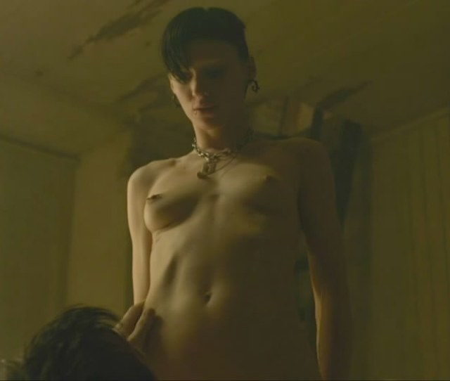 Rooney Mara Topless In The Girl With The Dragon Tattoo