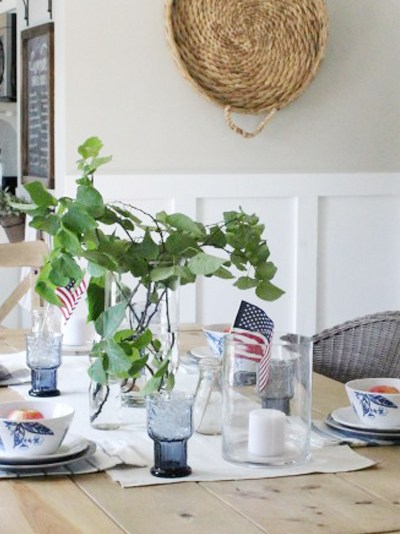 Easy Fourth of July Table!