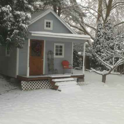 Pinecone Cottage in the Winter