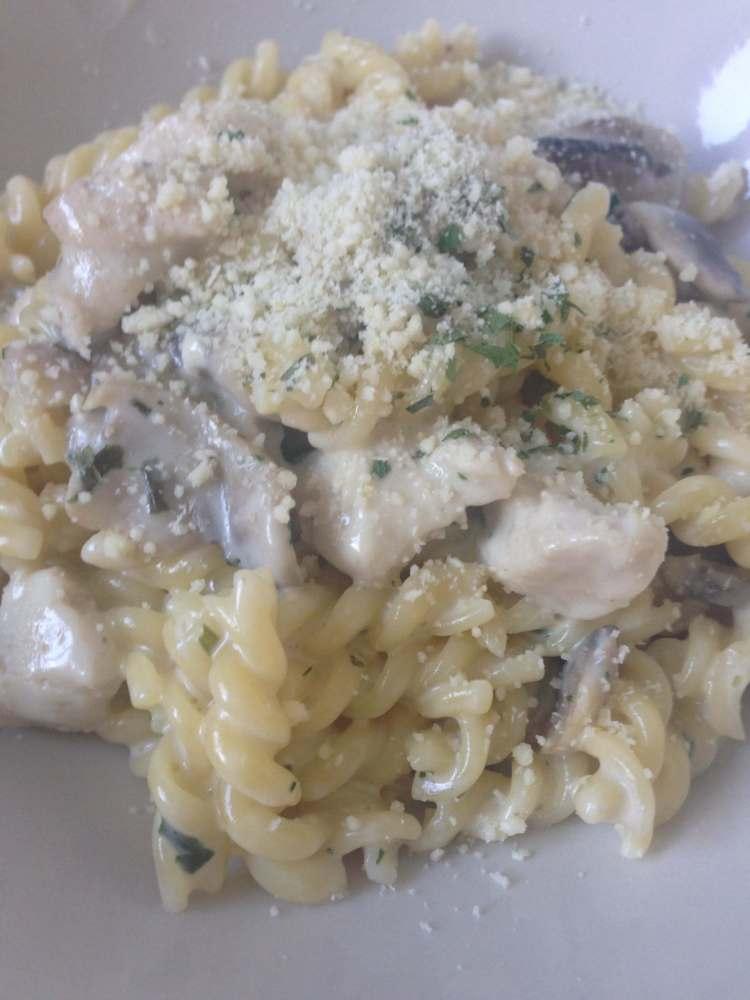 Dragon pasta champignon kip