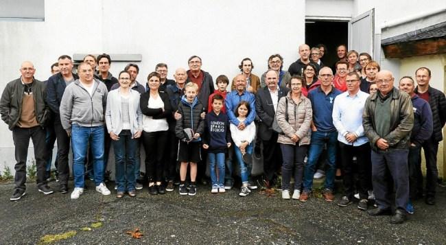 Assemblée générale avec les pongistes, les élus et les familles