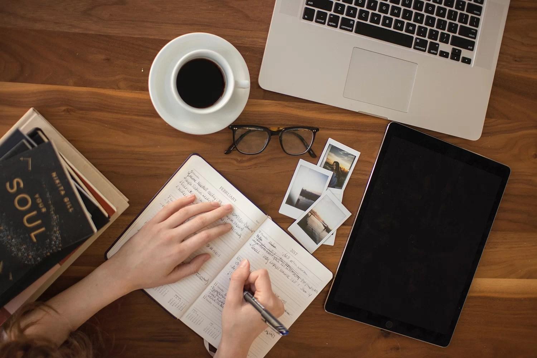 czy warto przenieść blog na własną domenę