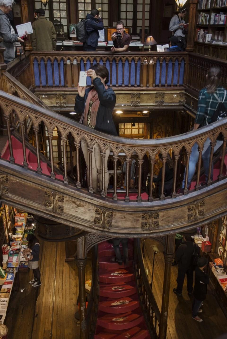 Sladami magii w Porto księgarnia Lello