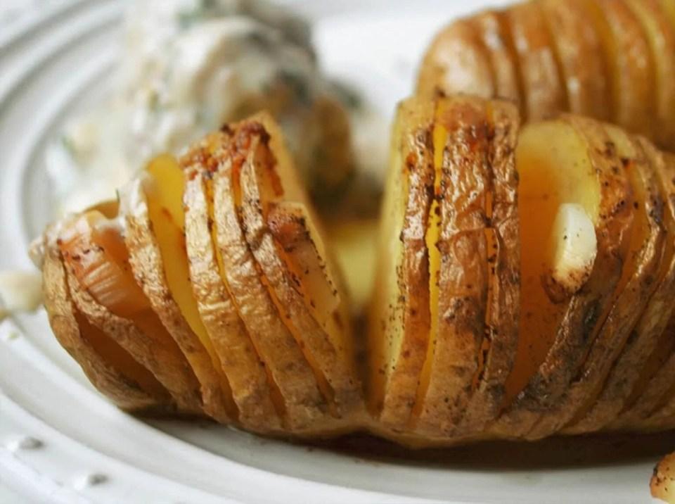 Proste i szybkie pomysły na obiad pieczone ziemniaki