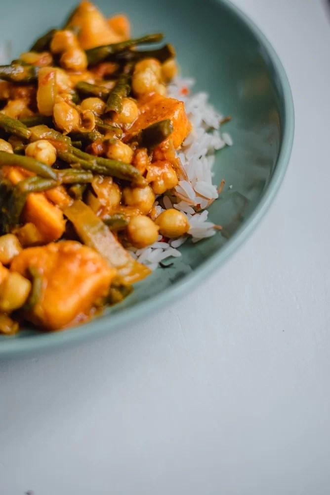 Szybkie danie curry warzywne