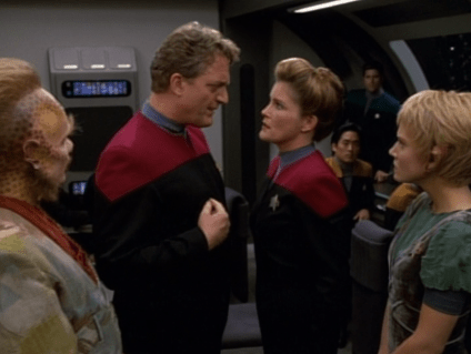 Q with Captain Janeway (Star Trek Voyager, Death Wish, S2 E18)