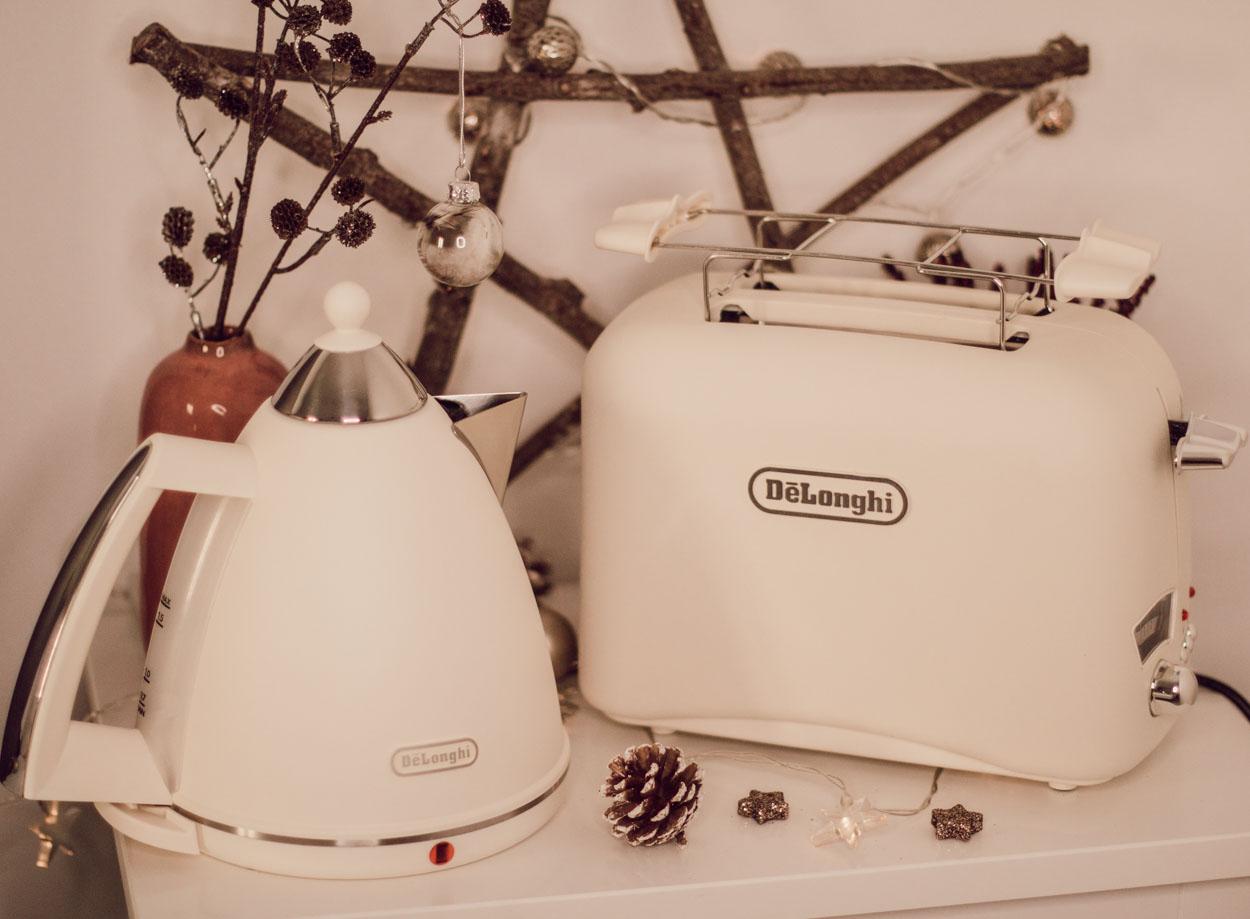 3. Dezember: De'Longhi Wasserkocher & Toaster
