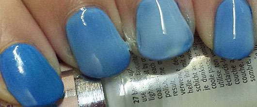 Essence Nail Art Pastel Ombré Top Coat Farbe 27 Blurry Up