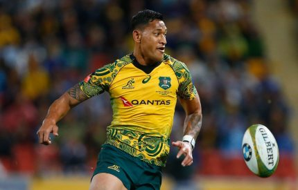 BRISBANE, AUSTRALIA - OCTOBER 21: Australia's Israel Folau chases the ball during the Bledisloe Cup match between the Australian Wallabies and the New Zealand All Blacks at Suncorp Stadium on October 21, 2017 in Brisbane, Australia. (Photo by Jason O'Brien/Getty Images)