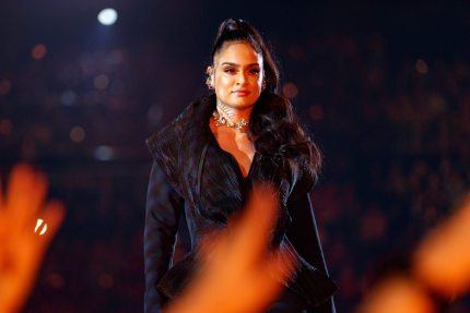 INGLEWOOD, CA - MARCH 11: Kehlani performs onstage during the 2018 iHeartRadio Music Awards which broadcasted live on TBS, TNT, and truTV at The Forum on March 11, 2018 in Inglewood, California. (Photo by Christopher Polk/Getty Images for iHeartMedia)