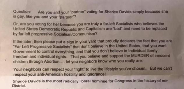 Una parte de la carta contra Sharice Davids, la pareja de lesbianas de Kansas, recibió.