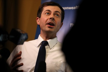 Democratic presidential hopeful South Bend, Indiana mayor Pete Buttigieg speaks to members of the media before appearing at the Commonwealth Club of California on March 28, 2019 in San Francisco, California.