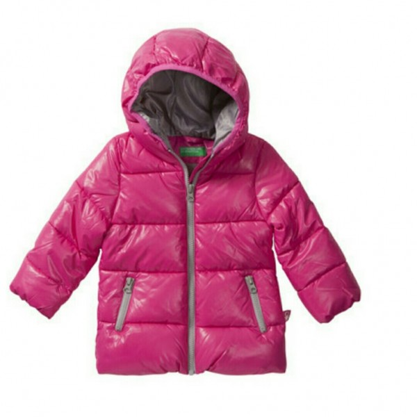 benetton vd 600x600 - Tijd voor een nieuwe winterjas, help je kiezen?