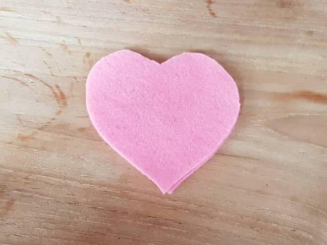 Flamingo versiering Knutselen met Sien en Co knutselblog voor Mommy loves Pink hart - DIY de Roze Flamingo