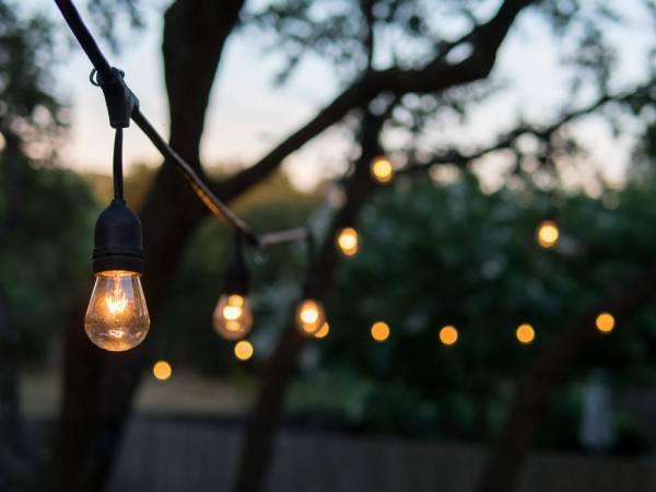 sfeervolletuinverlichting1 - Sfeervolle buitenverlichting voor de zwoele zomeravonden in de tuin