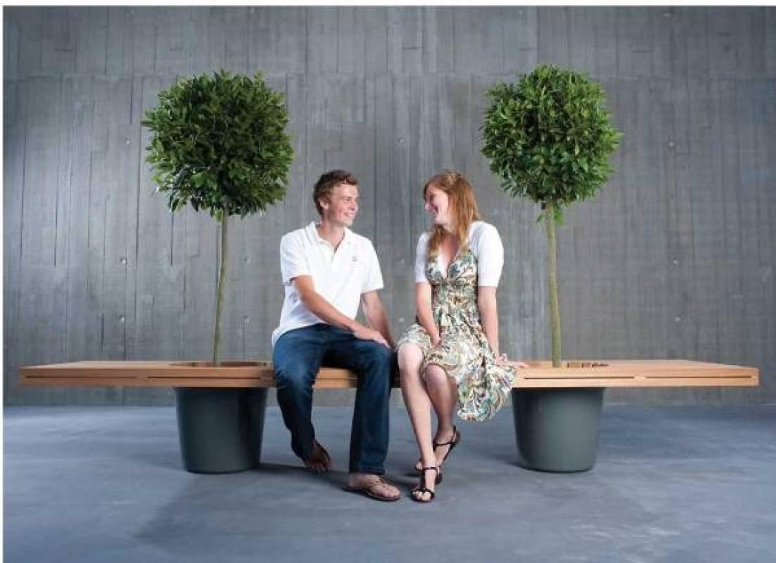 extremis romeo juliet bank plantenbak e1498766425449 - Met deze tips maak je de ultieme loungeplek van jouw tuin