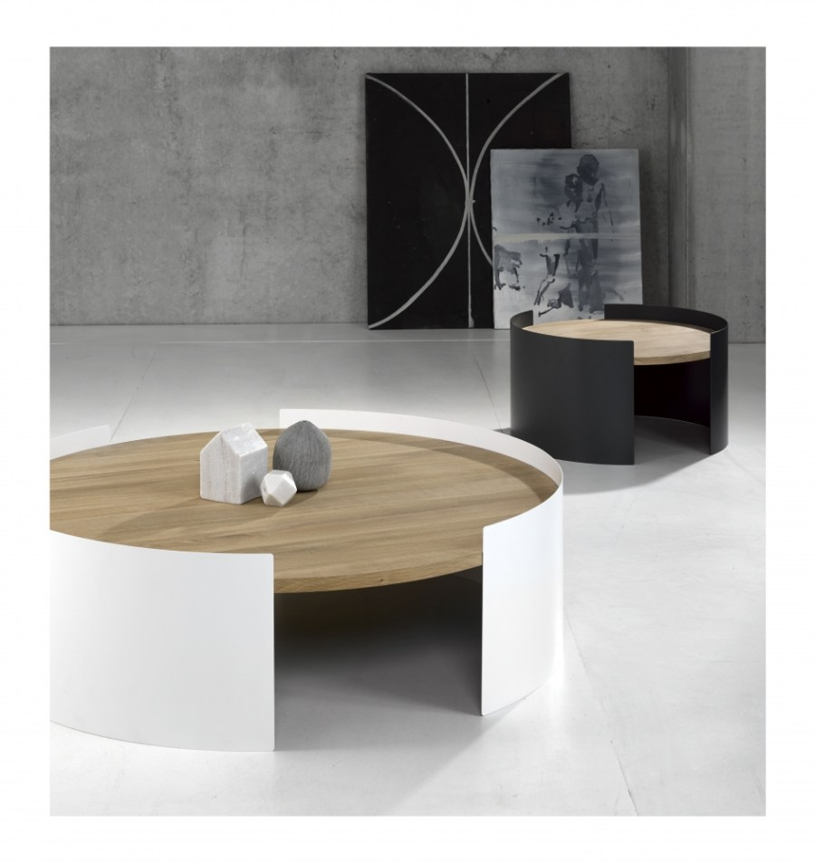 026061 Moon table large white 026068 Moon table small trafic grey - Een design kantoor aan huis met Universo Positivo