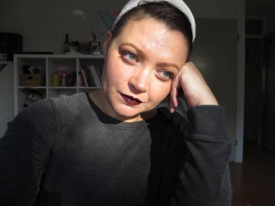 IMG 09481 - Beauty   De blogger make over   Peach eyes en donkere lippen