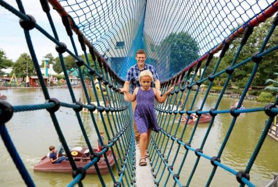 Linnaeushof touwbrug - Mijn 3 favoriete speeltuinen in Nederland