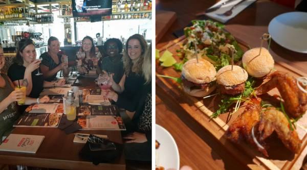 Lekker eten bij TGI Fridays en een blind date met 7 vrouwen!