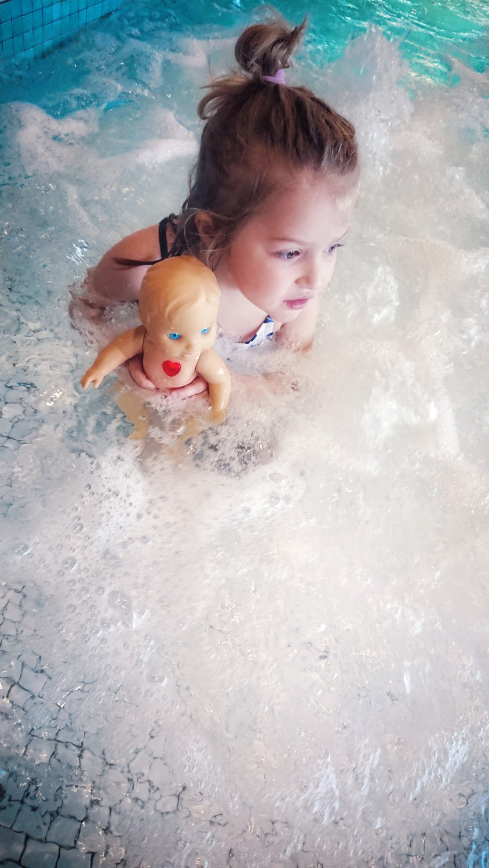 bobby vtech badpop 5 - Gezellig in bad met Bobby het vrolijke poppenmannetje uit de Little Love collectie!
