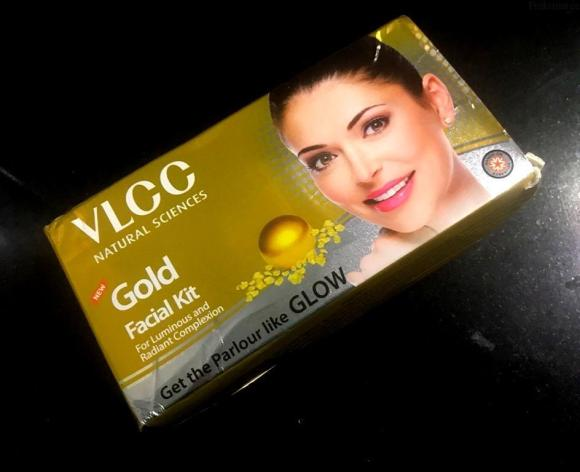 Get Parlour-Like Facial At Home with VLCC Gold Facial Kit