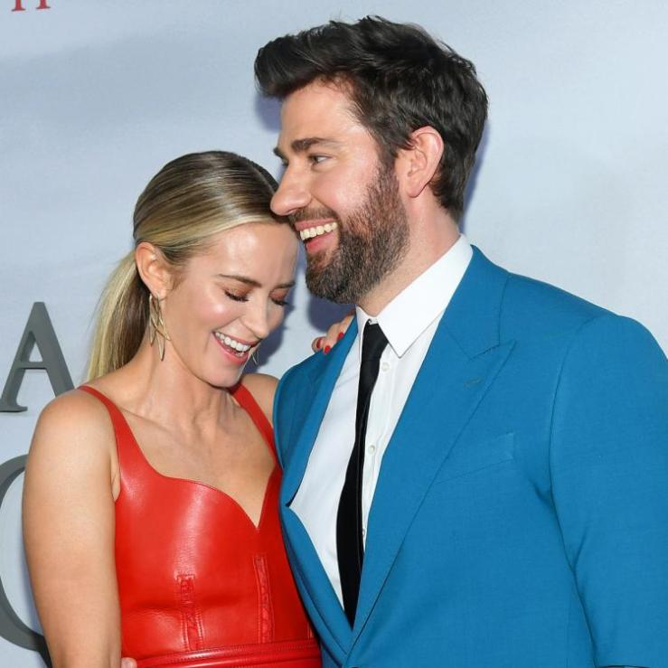 John Krasinski reacts to Amy Schumer's joke about his marriage with Emily Blunt