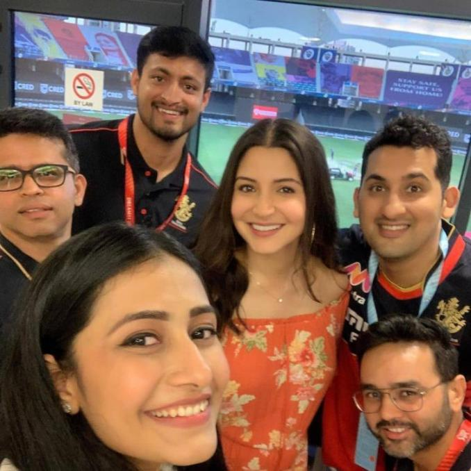 Anushka Sharma is all smiles