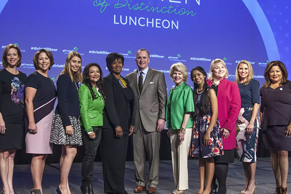 Nina Vaca Receives Women of Distinction Award by Girl Scouts of Northeast Texas