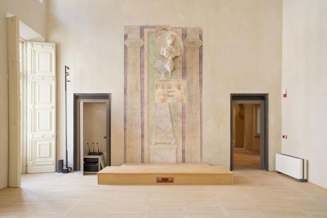 palazzo_grillo_podium