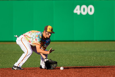 Chris Amato fields a ground ball for the Kokomo Jackrabbits