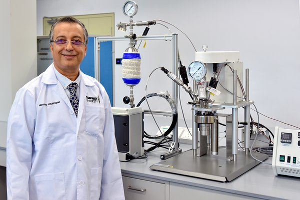 Professor Mohamed Kheireddine Aroua at the CO2 Capture and Utilisation Research Lab, Sunway University