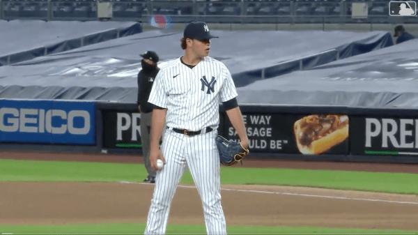 Miguel Yajure_MLB Debut