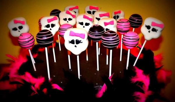 Cake_Pops_Monster_High_Cake_Pop_Passionista