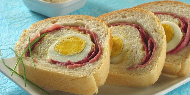 Enrollados-huevo-jamon_PintandoUnaMama