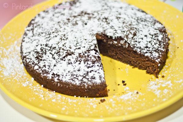 Bizcocho-chocolate-sin-huevo1_PintandoUnaMama