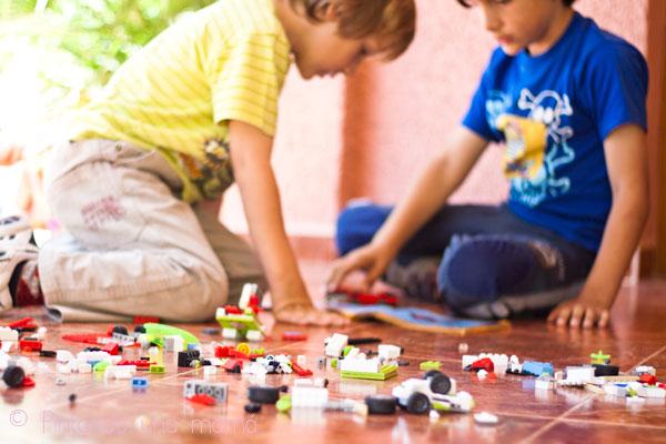 Lego_PintandoUnaMama