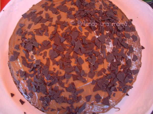 bizcocho_de_chocolate_con_extra_chocolate_PintandoUnaMama