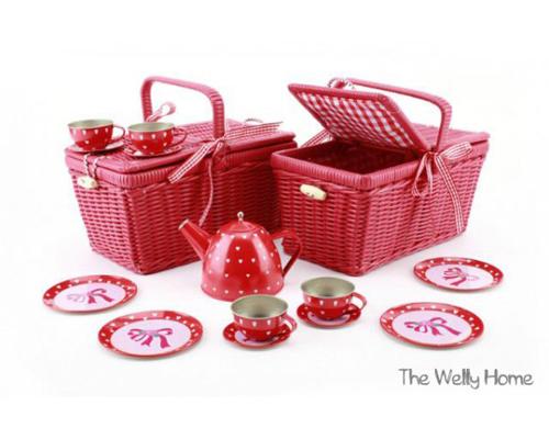 mini-cesta-de-picnic-roja-de-juguete_PintandoUnaMama
