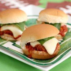 Mini-Hamburguesas de Carne con Parmesano