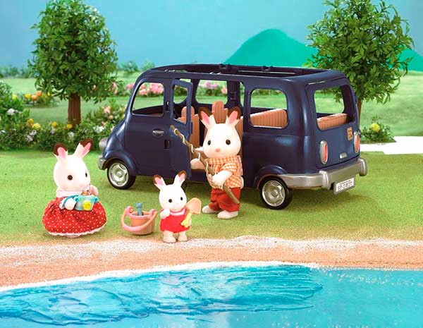 Coche_Familiar_Sylvanian_Family