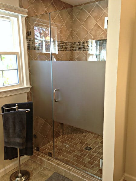Shower enclosure etched for privacy