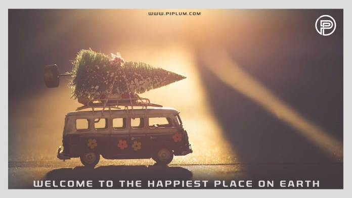 Welcome-to-the-happiest-place-on-Earth-Cozy-Christmas-Poster