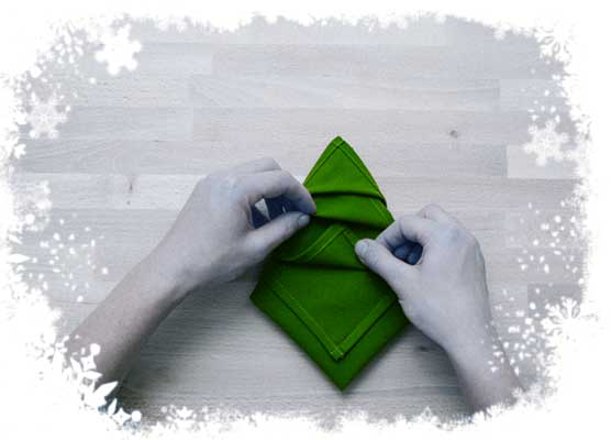 Christmas-tree-folding-tutorial-Hid- lower-layers-tips-underneath-the-upper-folds-Step-5a.