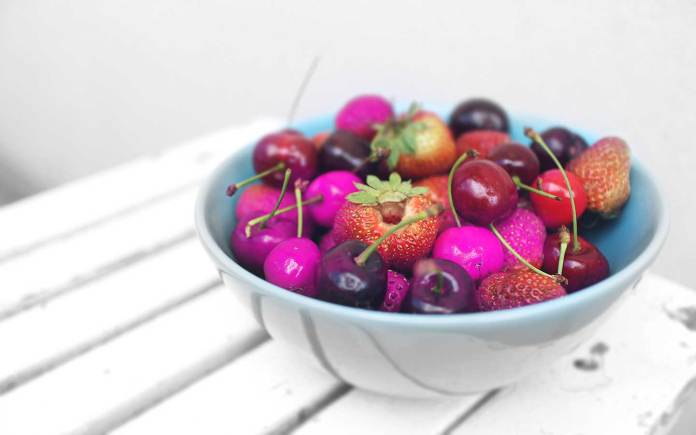 Carbohydrates-are-harmful-to-the-body-purple-food-calories-sugar-fructose