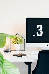 Die eigene Produktivität steigern ist mit diesen 7 klaren Schritten ganz einfach. So kannst du deinen Familienalltag organisieren und dabei Zeit und Energie für dich gewinnen, ob als Mompreneur oder zur Entspannung.