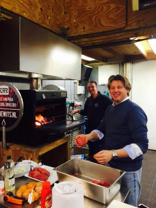 charcoal oven pira 50 black - holland