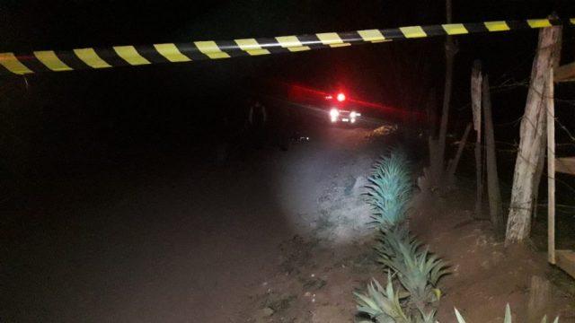 Criminoso morre em troca de tiros com PM na noite desta quarta-feira (26)