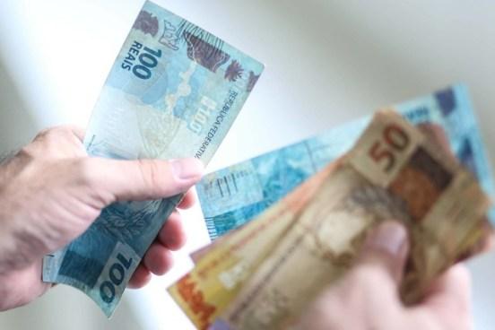 Salário mínimo terá aumento em 2020
