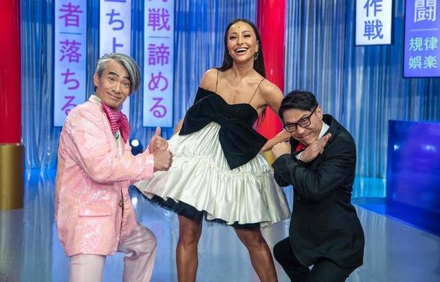 Record anuncia retorno de reality apresentado por Sabina Sato nas noites de sábados